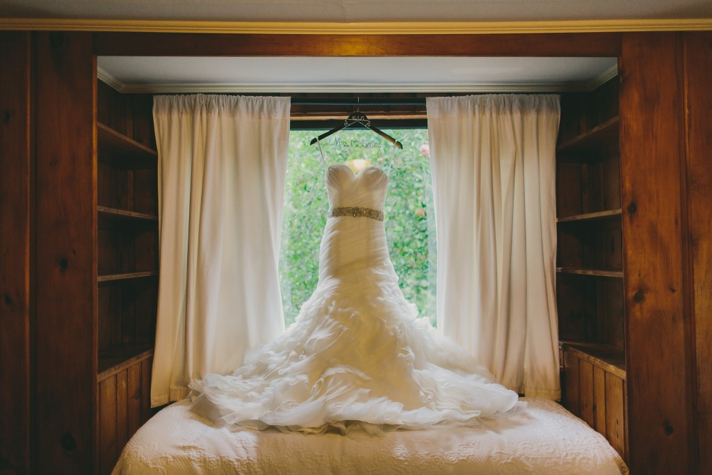 Rhode Island Wedding Day | Lindsey Gomes Photography_0003
