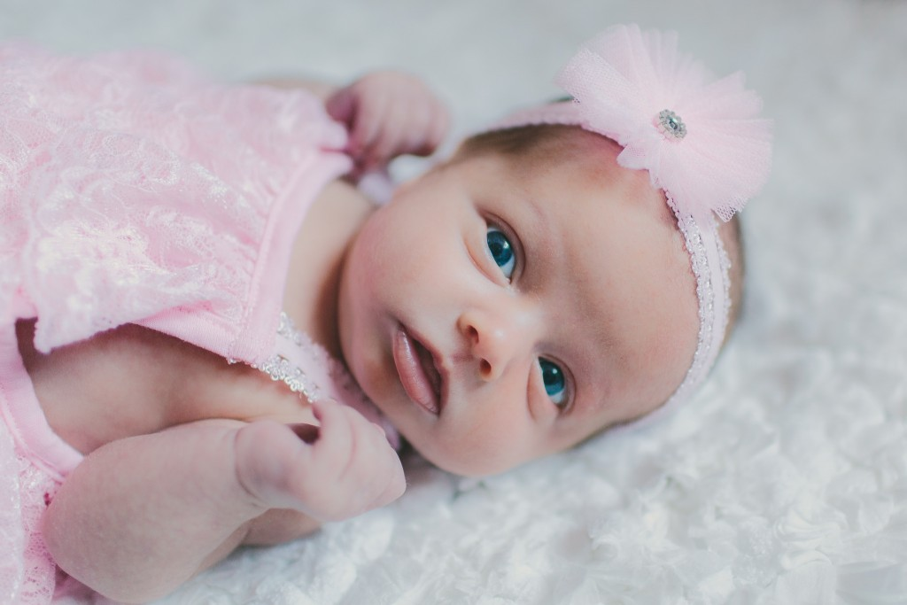 Addison Newborn | Lindsey Gomes Photography_0001