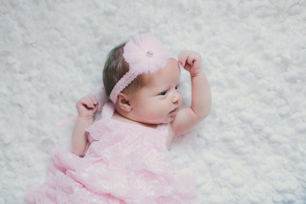 Addison Newborn | Lindsey Gomes Photography_0004
