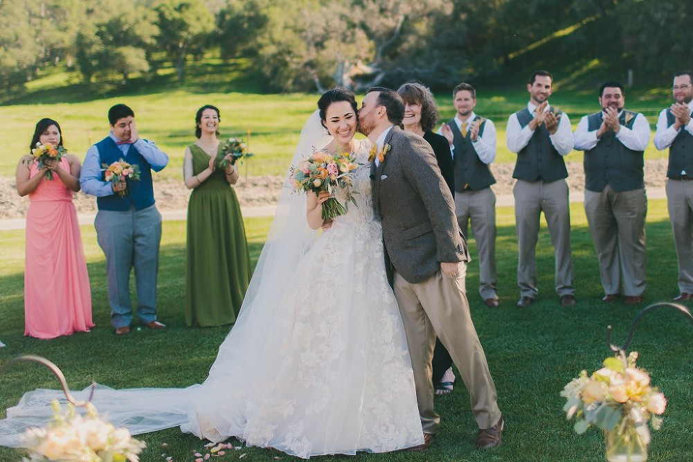 Sweet & Colorful Wedding| Lindsey Gomes Photography_0036