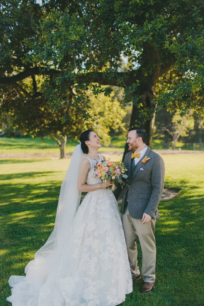 Sweet & Colorful Wedding| Lindsey Gomes Photography_0042