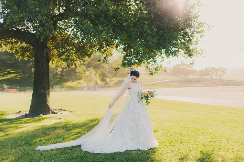 Sweet & Colorful Wedding| Lindsey Gomes Photography_0049