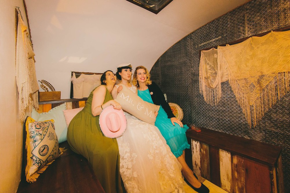 Sweet & Colorful Wedding| Lindsey Gomes Photography_0079