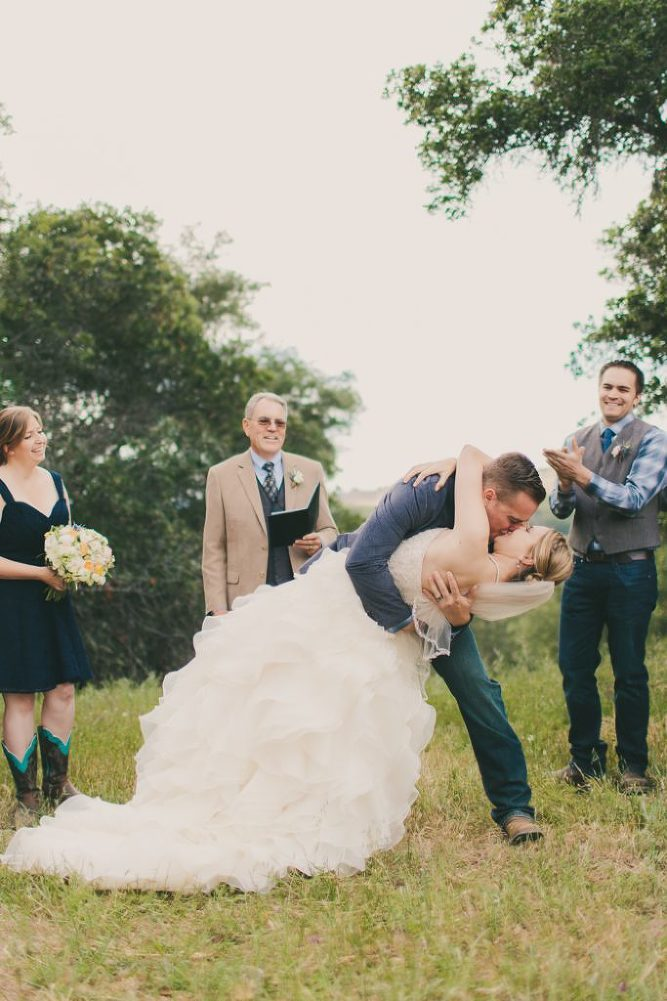 Soft & Glamourous Countryside Wedding| Lindsey Gomes Photography_0042