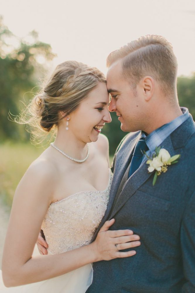 Soft & Glamourous Countryside Wedding| Lindsey Gomes Photography_0056