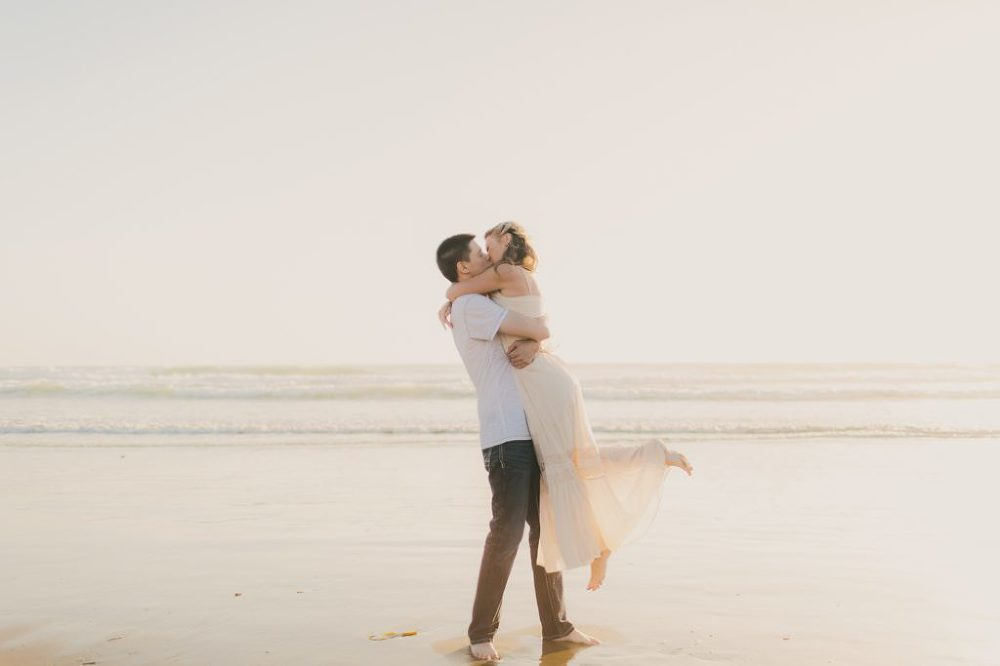 Summer Engagement Session| Lindsey Gomes Photography_0001